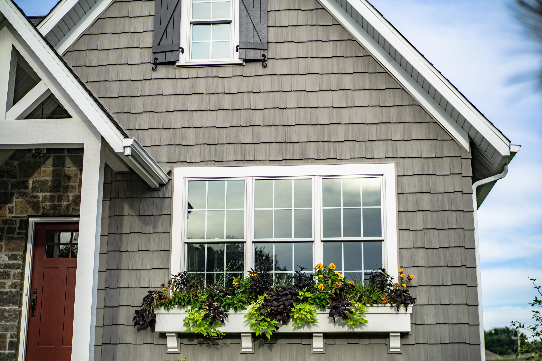 4617 Cottage Lane Exterior
